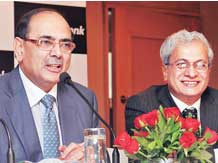 Romesh Sobti , MD & CEO & S V Zaregaonkar, CFO of IndusInd Bank