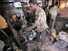 Industrial growth dips to 4-mnth low in Sept
