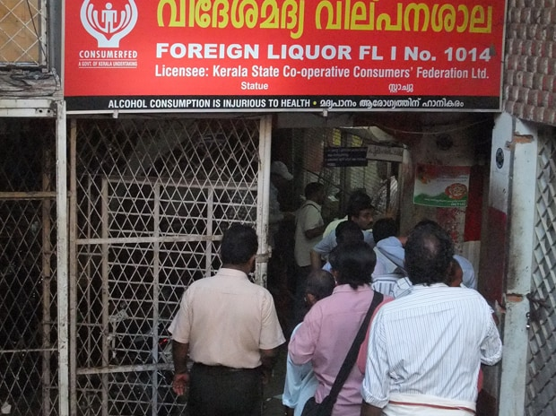 Kerala sees three to five hours wait in queues for liquor