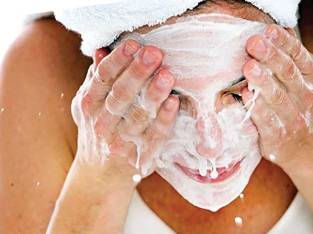 Skincare Tips for Glowing and Radiant Skin Naturally