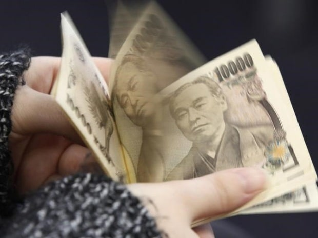 Yen emerges as a clear currency-market winner