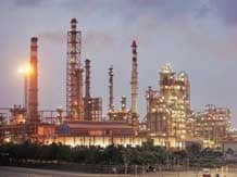 Essar Oil posts seven fold jump in Q3 net at Rs ...
