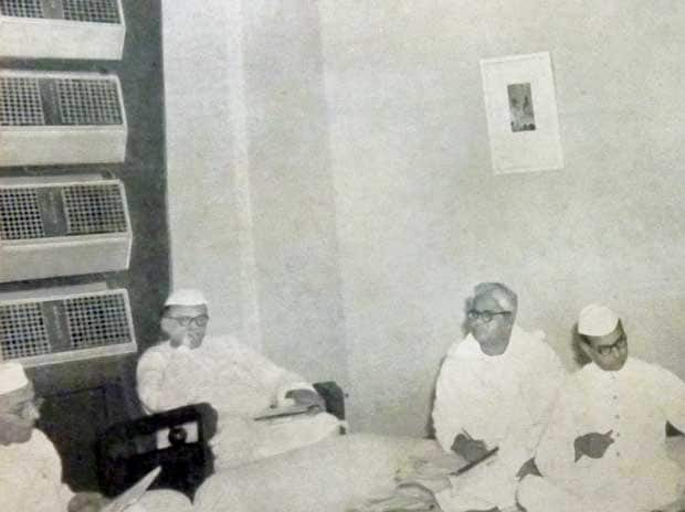 Voltas' Crystal ACs keep Congressmen cool (Morarji Desai on the extreme left, with the ACs in the background)