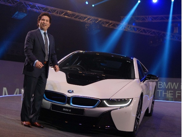 Bmw Launches India S First Plug In Hybrid Gives Mileage Of 47 Kms