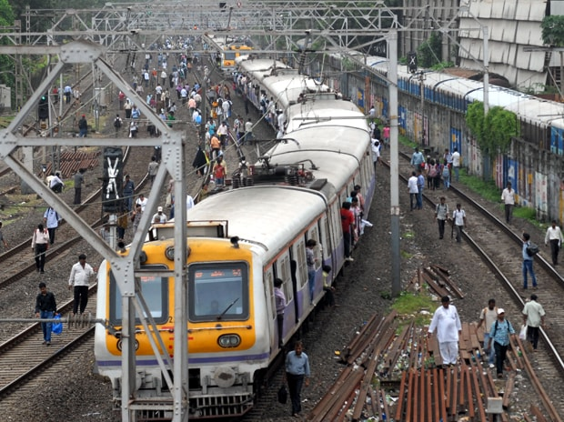 Railways to have CSR cell for greater involvement of corporates