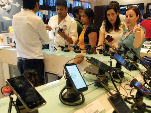 India got 50 new mobile phone factories in last ...