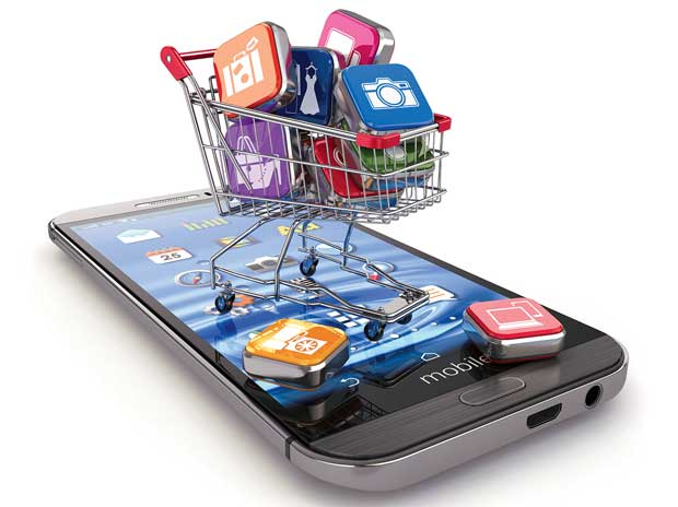 Smartphone makers rush to e-tailers