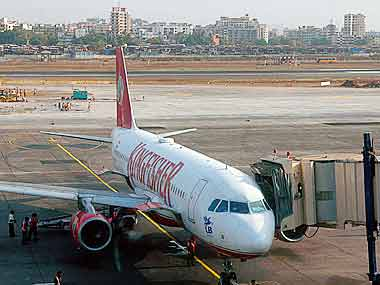 Taxing times for Kingfisher Airlines staff continue