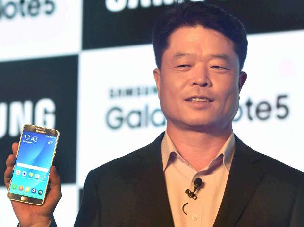 Samsung launches its 'most powerful' Galaxy Note 5