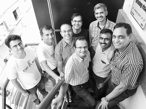 (Left to right, back row) Aravind Murthy, Tarkeshwar Thakur, Pankaj Risbood, Amit Somani, Sachin Shenoy; (Left to right, front row) Ankur Gupta, New Melchizedec Sundararaj and Sridhar Sundaram