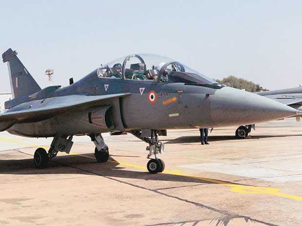 IAF wants aerial refuelling, jammers, quick turnaround in new Tejas
