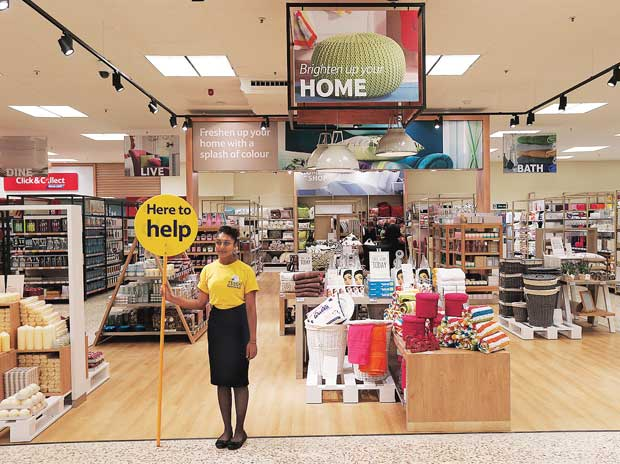 Maharashtra retailers divided  over state retail policy - Business Standard