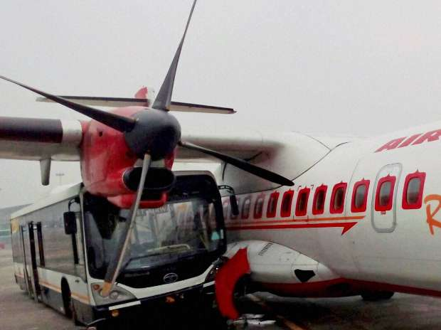 Jet Airways, Bus, Crash, Air India