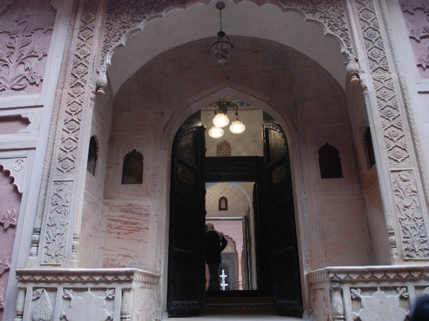 The entrance to Haveli Dharampura in Chandni Chowk