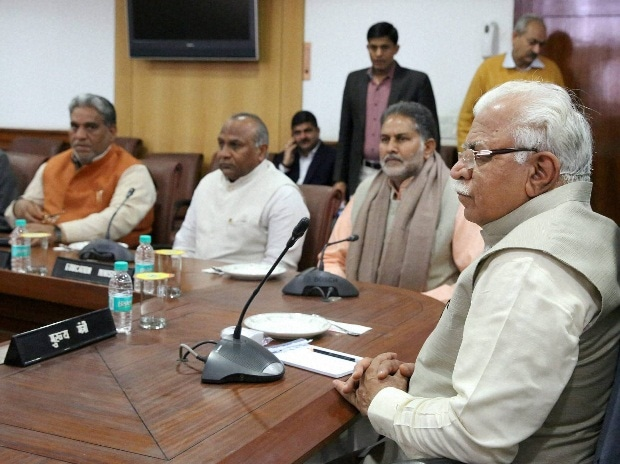 Haryana Chief Minister Manohar Lal Khattar presiding over a Cabinet meeting regarding Jat reservation in Chandigarh