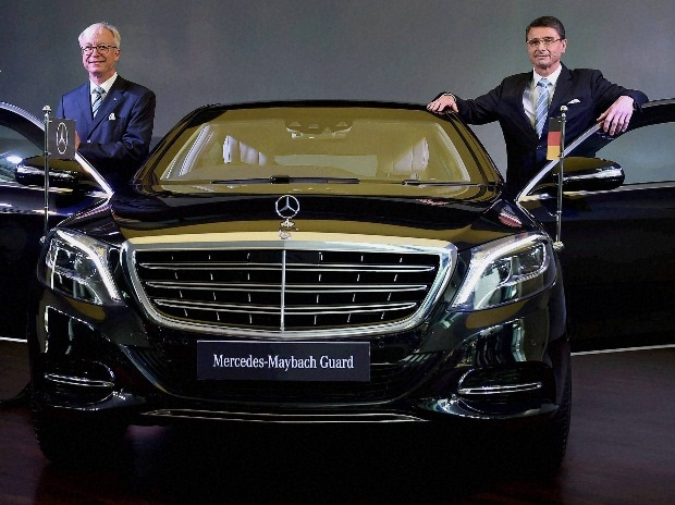 Mercedes launches maybach s 600 guard at rs 10 5 cr for Mercedes benz ceo
