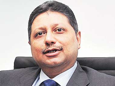 Piramal opens purse strings for builders