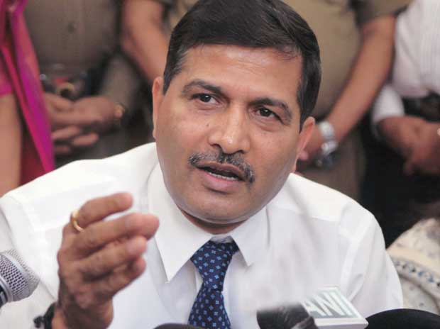 A professional firm cannot function on crutches: Ashwani Lohani