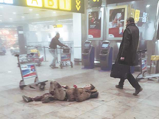 Brussels attacks: IS claims responsibility; toll at least 30