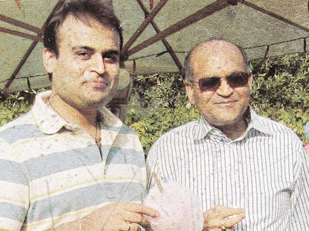 Pankaj Oswal and his father, Abhey Oswal
