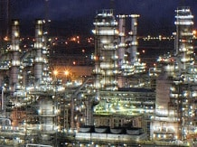 Reliance to shutdown distillation unit of Jamnagar SEZ refinery for 3 weeks