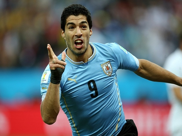Barcelona's Suarez La Liga's footballer of the month for May