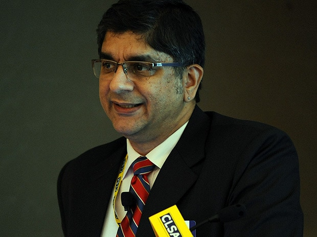 Egregious own-goal if govt doesn't offer Rajan another term :   Rajeev Malik, Senior Economist, CLSA