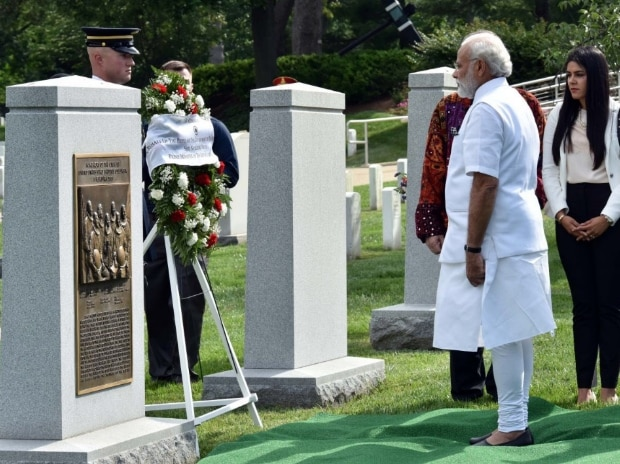 Narendra Modi at Arlington Cemetery