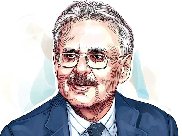 ITC's Deveshwar to step down as executive ...