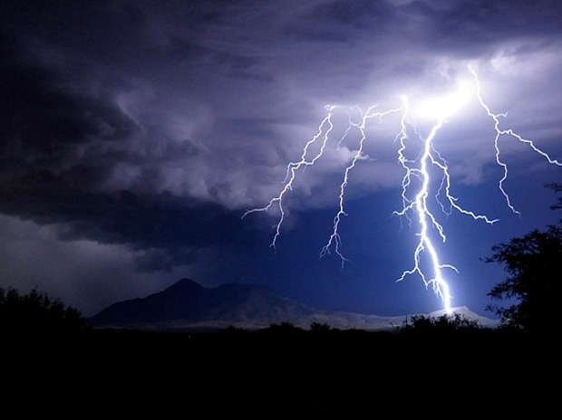 Lightning kills 53 in Bihar