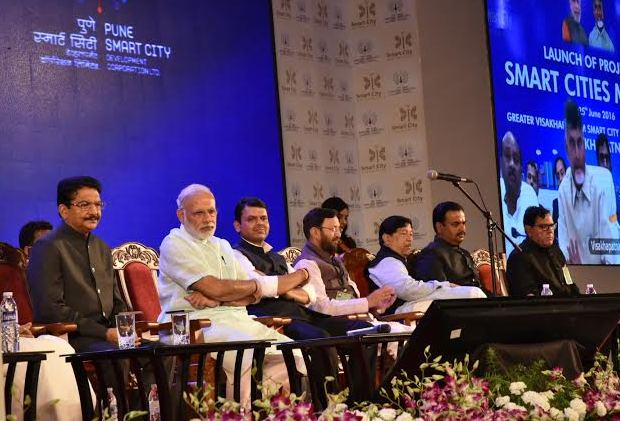 PM Modi at the launch of Smart City Mission in Pune (pic:PIB India)