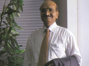 karsanbhai patel The founder of rs 2,500-crore nirma group, dr karsanbhai khodidas patel aka k k patel, has set an example of how firm resolve helps an individual to become a successful entrepreneur.