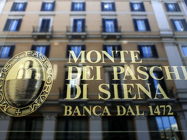 Italian bank Monte dei Paschi approves privately-backed rescue plan