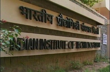 Foreign students to pay Rs 6 lakh per annum as fees at IITs