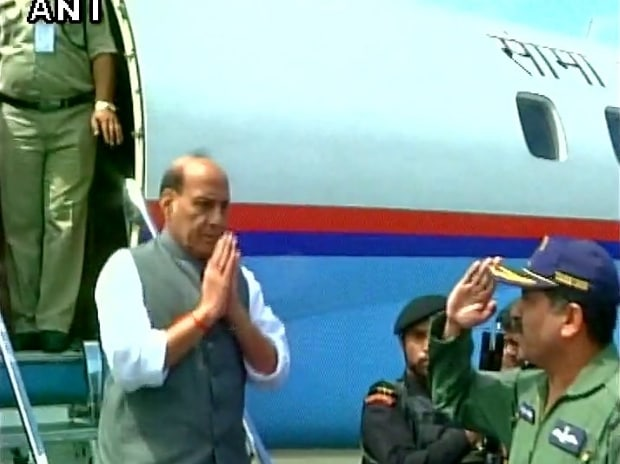 Home Minister Rajnath Singh arrives in Srinagar