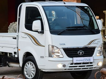 Tata Motors launches mini-truck SuperAce in Vietnam