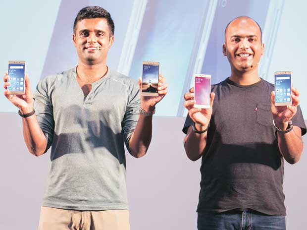 Xiaomi India head Manu Jain (right) and product lead Jai Mani at a smartphone launch event this year