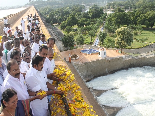 Water released from Mettur Dam. (Photo: AIR's Twitter handle)