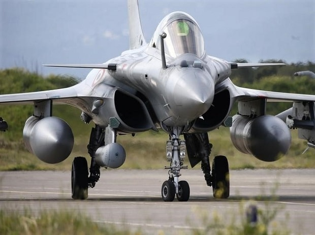 More Rafale fighters for India? Dassault hopes to start talks by year end