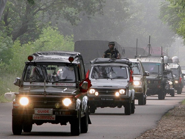 Indian Army vehicles move towards border areas in Akhnoor sector on India Pakistan Border at Akhnoor. Photo: PTI