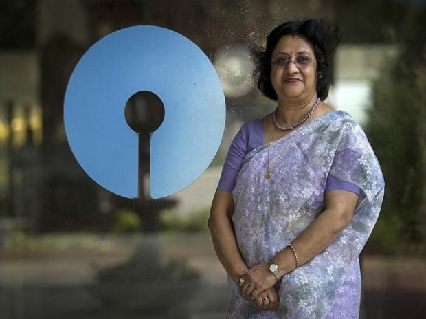 Arundhati Bhattacharya, Chairman of the State Bank of India, poses with the company's logo at the bank's headquarters in Mumbai. Photo: Reuters