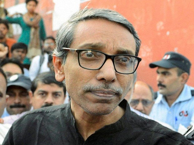 JNU Vice-Chancellor M Jagadesh Kumar coming out of the office at JNU in New Delhi on Thursday after being gheraoed since Wednesday by students protesting over a missing varsity student Najeeb.Photo: PTI