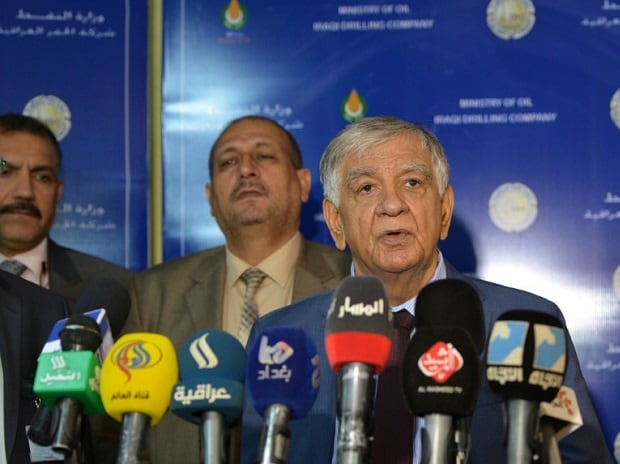 Iraqi Oil Minister Jabar Ali al-Luaibi speaks during a news conference during his visit to the oil field of Zubair, in Basra, Iraq.Photo: Reuters