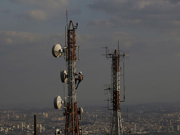 Telecom Industry (Photo - Reuters)