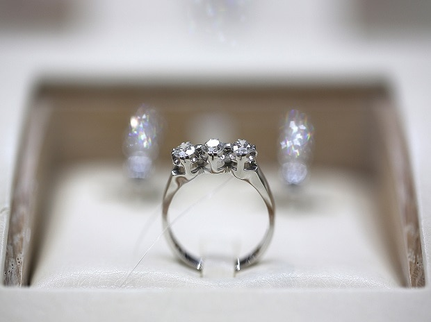 Diamond prices up by 2-5% in three weeks