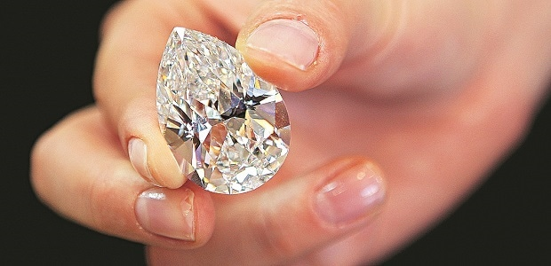 demonetisation brings payments in surat s diamond industry to