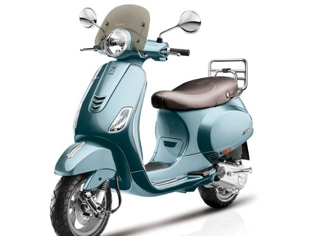 Piaggio's Rs 12 lakh scooter: Vespa 946 Emporio Armani launches in