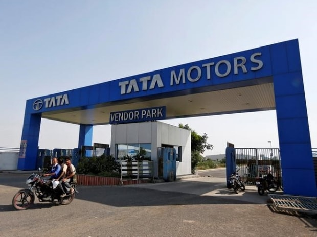 Tata Sons buys 1.73% stake in Tata Motors