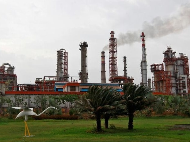 Representative image of an oil refinery