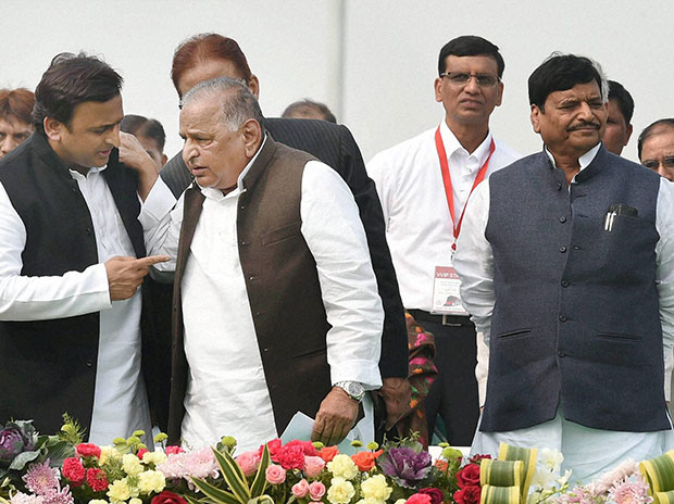 Uttar Pradesh Chief Minister Akhilesh Yadav with SP supremo Mulayam Singh Yadav and party leader Shivpal Singh Yadav. Photo: PTI